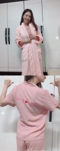 '김나희' 김나희의 미소가 눈길을 사로잡는다